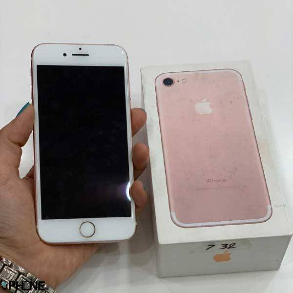 گوشی Iphone 7 rose gold